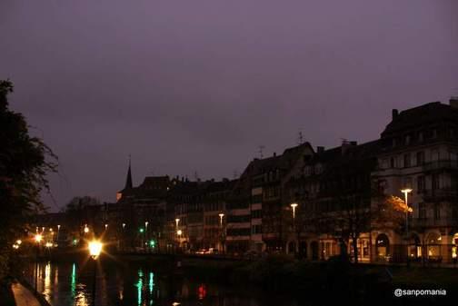 2011/11/14;早朝の運河沿い