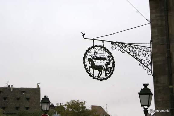 2011/11/13;ストラスブルグ 船と馬車の看板