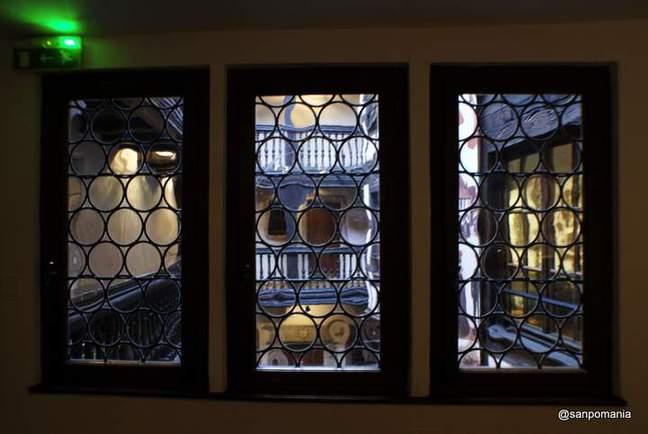 2011/11/13;中庭に面した窓
