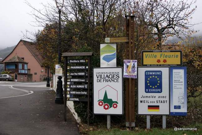 2011/11/15;街の入口の観光看板