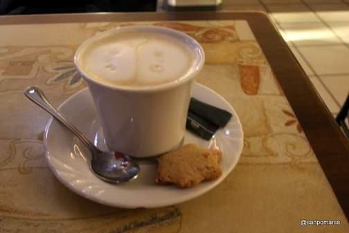 2011/11/16;カフェオレにはクッキー付き