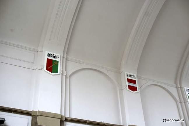 2011/11/17;駅の内部