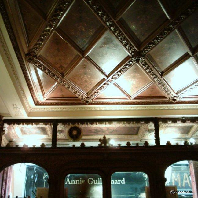 2011/11/18;天井の模様;ラブルアカネル