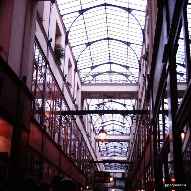 2011/11/18;きりっとモダンな印象の天井;グランセール