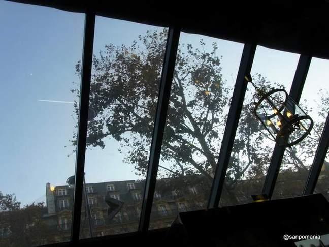 2011/11/20;少しカジュアルなサンルームエリア