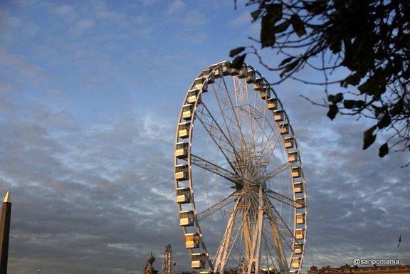 2011/11/18;コンコルド広場前の観覧車