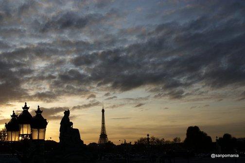 2011/11/18;女神像とエッフェル塔