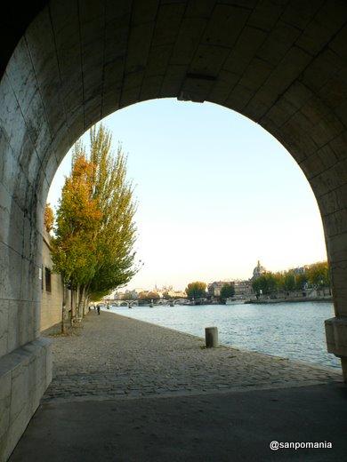 2007/10/23;橋げたの下から見える景色がお気に入り