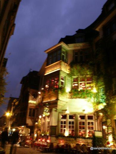 2007/10/25;緑のレストランの明かり