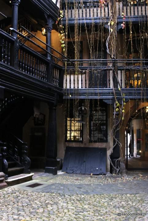 2011/11/13;ぐるりと回って1階まで