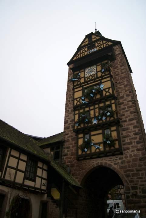 2011/11/14;ドルダーの塔を足元から。