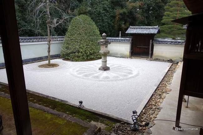 2013/01/20;石灯籠;雲龍院