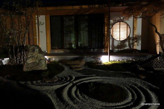2014/11/23;丸窓と枯山水;長谷寺