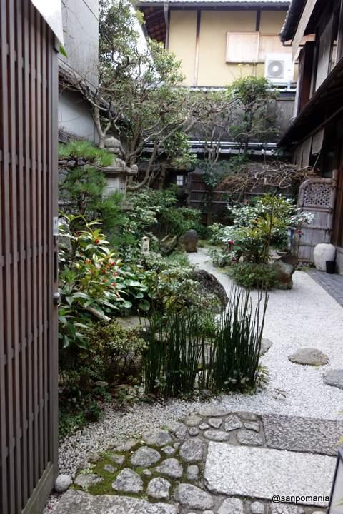 2013/01/20;道沿いのお店